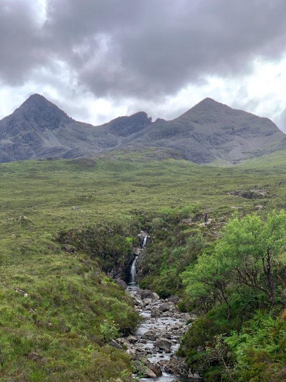 United Kingdom Scotland Isles Skye, Sgurr nan Gillean, Waterfalls of Allt Dearg Beag and Black Cuillins, Walkopedia