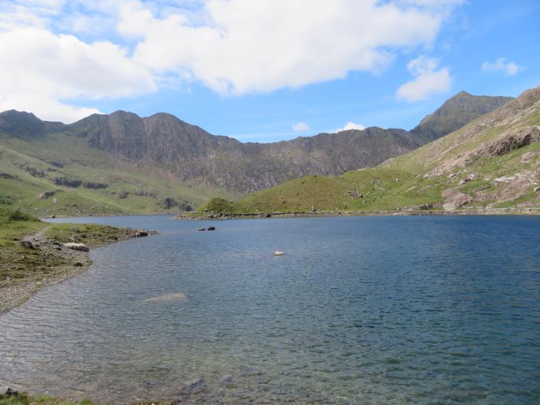 United Kingdom Wales Snowdonia, Y Lliwedd, Miners Track, LLyn LLydaw, Walkopedia