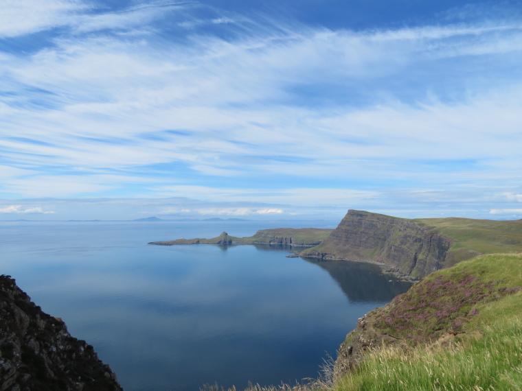 United Kingdom Scotland Isles Skye, Isle of Skye, Neist Point, Waterstein Head from Ramasaig Cliff, Walkopedia
