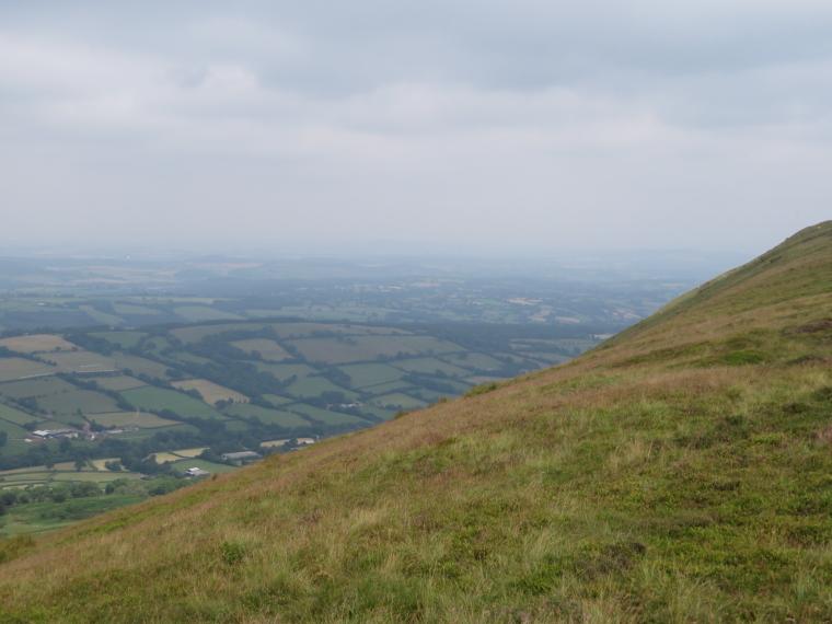 United Kingdom Wales Black Mountains, Black Hill Ridge, Hatterrall ridge north flank, Walkopedia