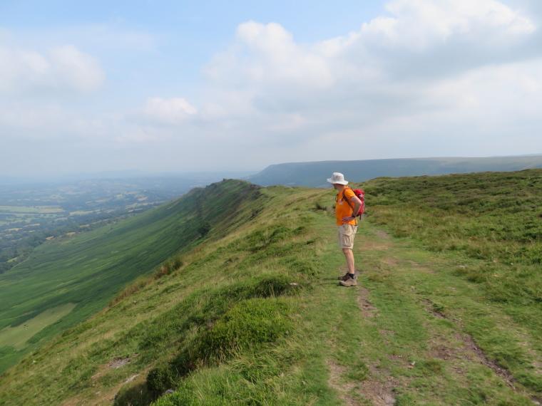 United Kingdom Wales Black Mountains, Black Hill Ridge, Black Hill ridge from Black Hill, Walkopedia