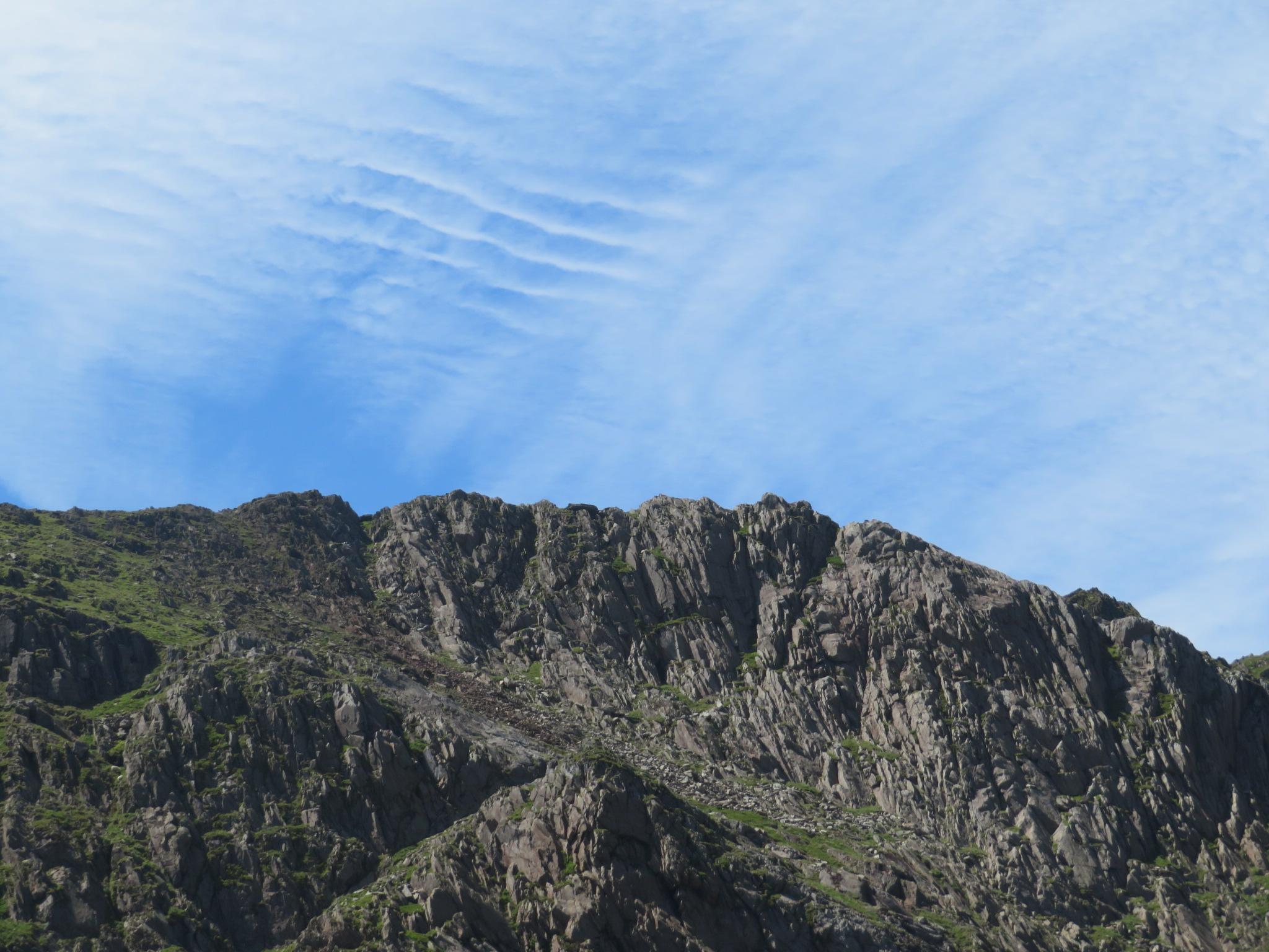 United Kingdom Wales Snowdonia, Snowdon Horseshoe, Jagged Lliwedd and sky, Walkopedia