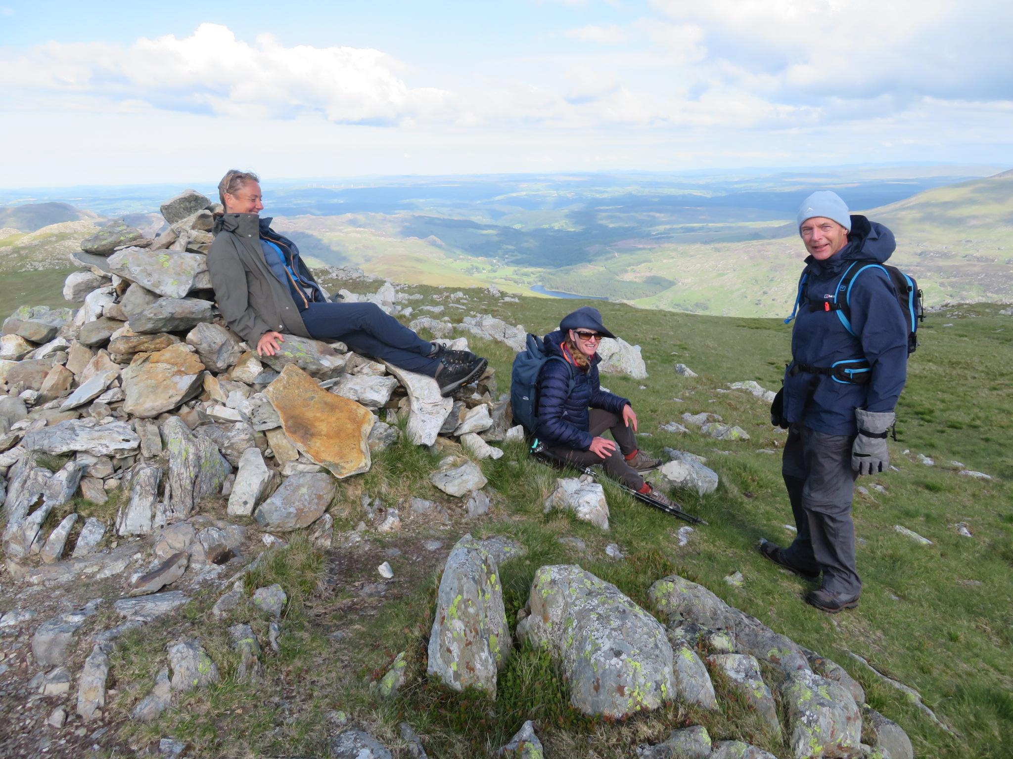 United Kingdom Wales Snowdonia, Glyderau from Pen-y-Pass, Y Foel Goch summit, Walkopedia
