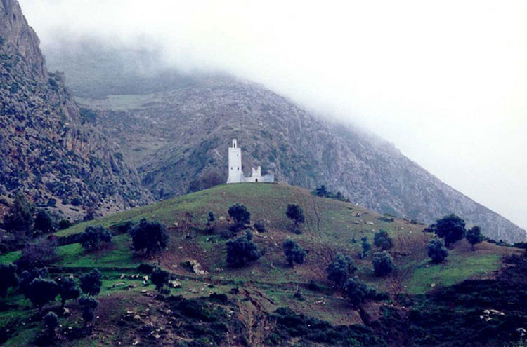 "Rif Mountains: Holy Man""s Tomb - © By Flickr user AhronDeLeeuw"