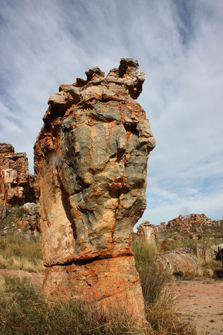 Cederberg Rock Formations - © By Flickr user raramuridesign
