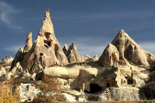 Rock Houses and Fairy Chimneys Near Goreme - © By Flickr user Alaskan Dude