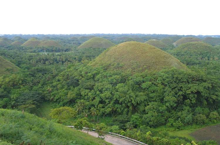 Chocolate Hills - © By FLickr user DaveQ