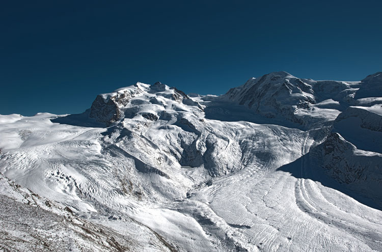 Monte Rosa Circuit: Monte Rosa Glacier- © From Flickr user Christoph_e_koch