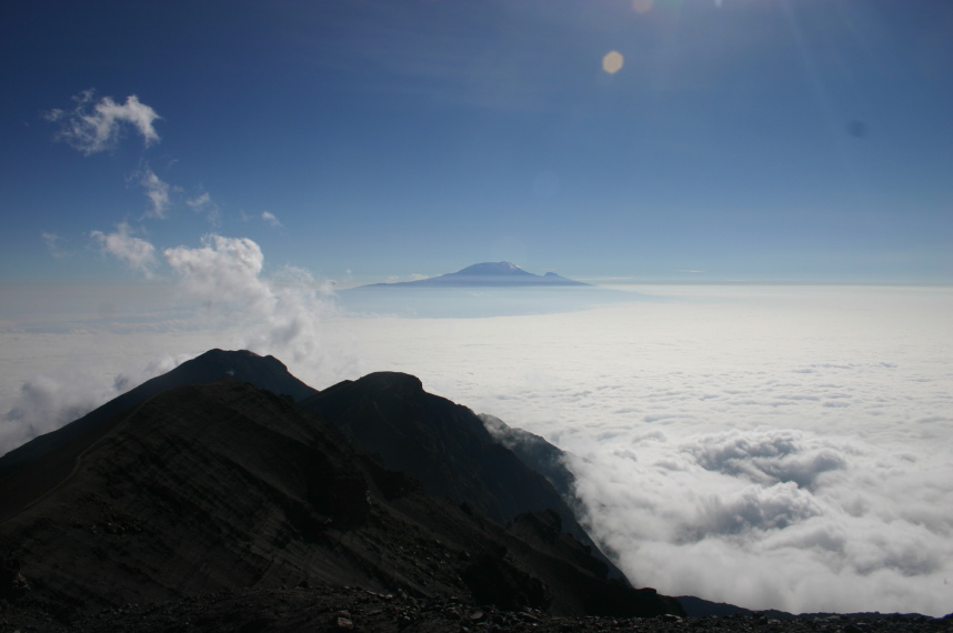 Mt Meru: © William Mackesy