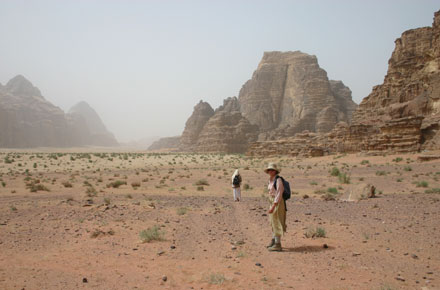 Wadi Rum - East of Jebel Um Ishrin - © William Mackesy