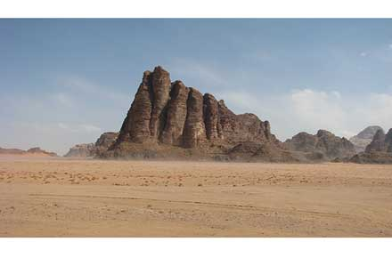 Wadi Rum - Seven Pillars of Wisdom - © By Flickr user Dale Gillard