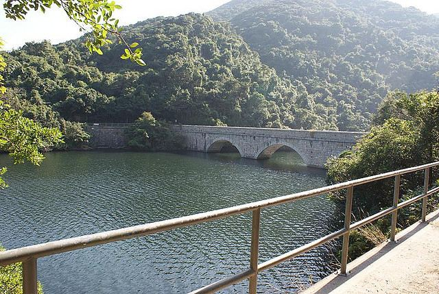 Central Ridge: Central Ridge - Tai Tam Reservoir - © Copyright Flickr User David Bailey MBE