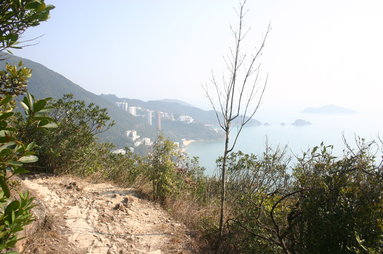Cliffs above Repulse Bay - © William Mackesy