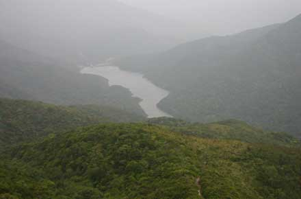 Upper Tai Tam reservoir - © William Mackesy