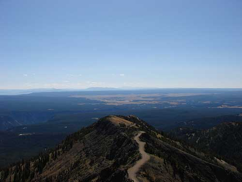 Mount Washburn - View From Mount Washburn - © By Flickr User cellou75