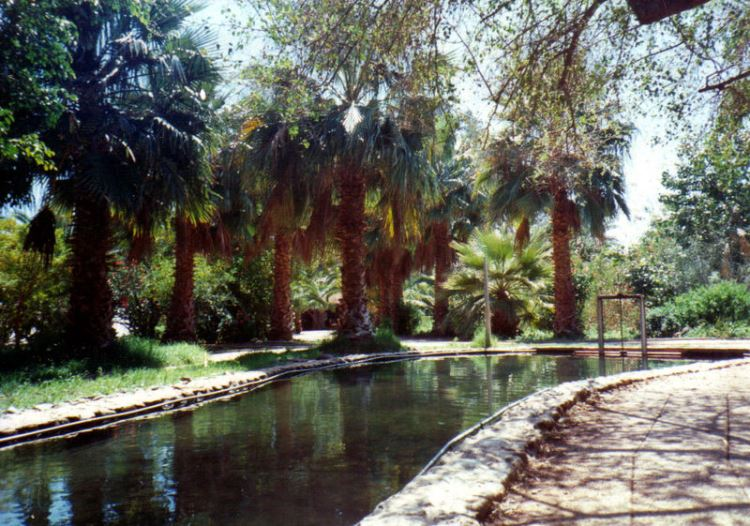 Jesus Trail - Tabgha Pool - © Copyright Wikimedia Commons, Thomas Wozniak