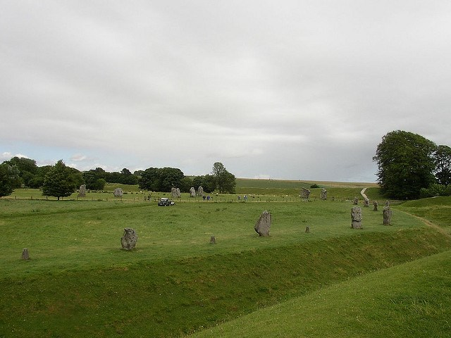 The Ridgeway: Avebury Henge - © Copyright Flickr user electric counterpoint