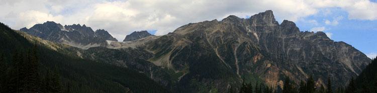 USA Western: Glacier NP, Glacier National Park, Glacier National Park Panorama - © From Flickr user AlaskanDude, Walkopedia
