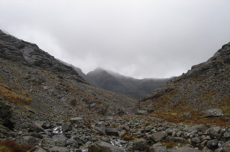 Black Cuillin Ridge, Skye: Gully up into the Black Cuillin Ridge - © By Flickr user asands