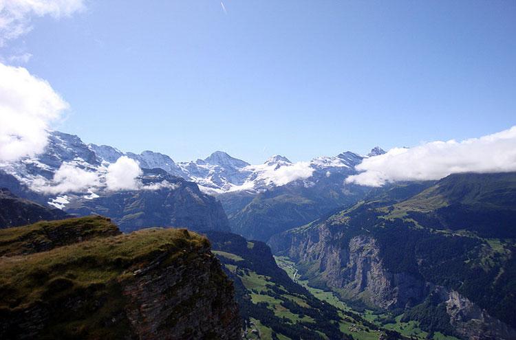 Eiger Trail: Eiger Trail - © By Flickr user Bobwitlox