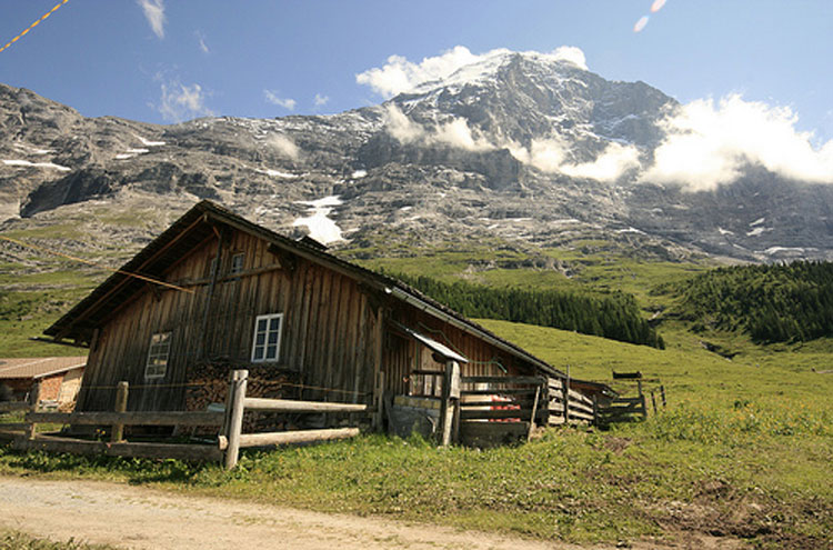 Eiger Trail: Eiger Trail - © By Flickr user Mountaineer4061