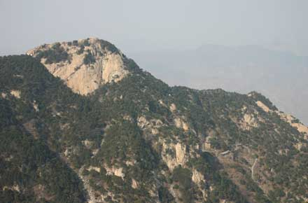 China Eastern Shandong, Tai Shan, Spot the monastery, Walkopedia
