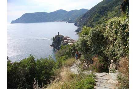 Cinque Terre - Azzuro Trail - © By Flickr User philip arson