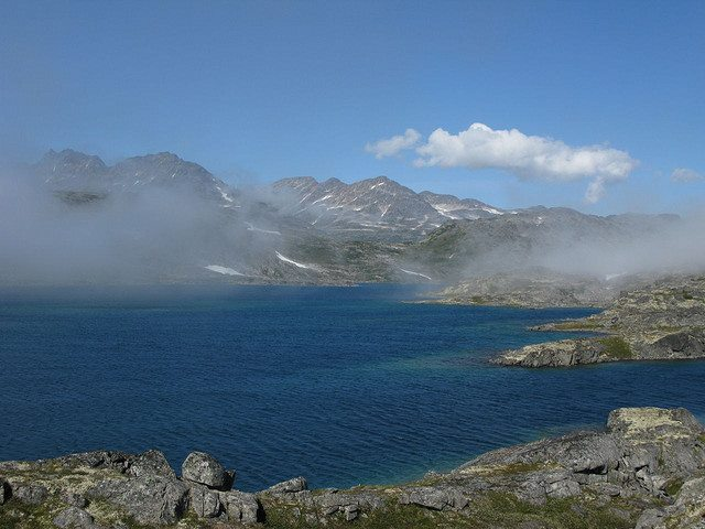 Chilkoot Trail - Crater Lake - © Copyright Flickr user steynard