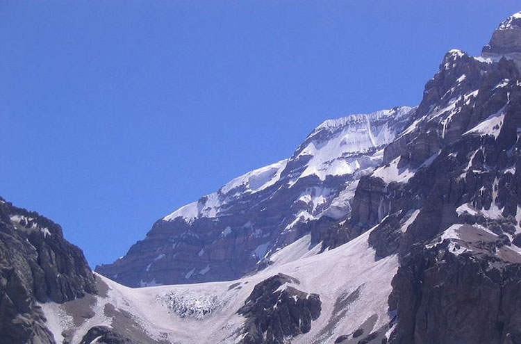 Aconcagua - © By Flickr user Desbiens_Jean