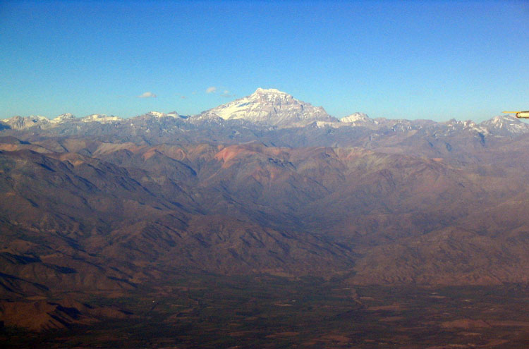 Aconcagua - © By Flickr user Avodrocc