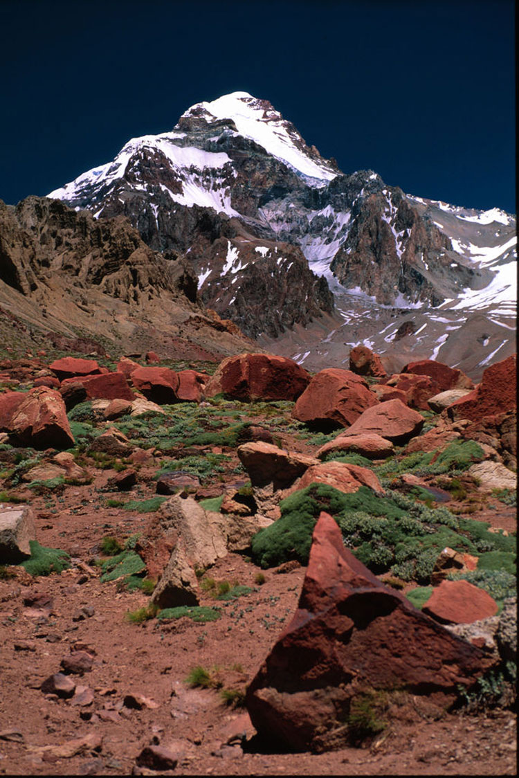 Aconcagua - © By Flickr user winkyintheuk