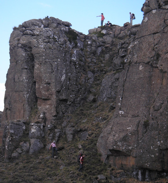 North Drakensberg Traverse: The descent to Ledges Cave  - © JakeK