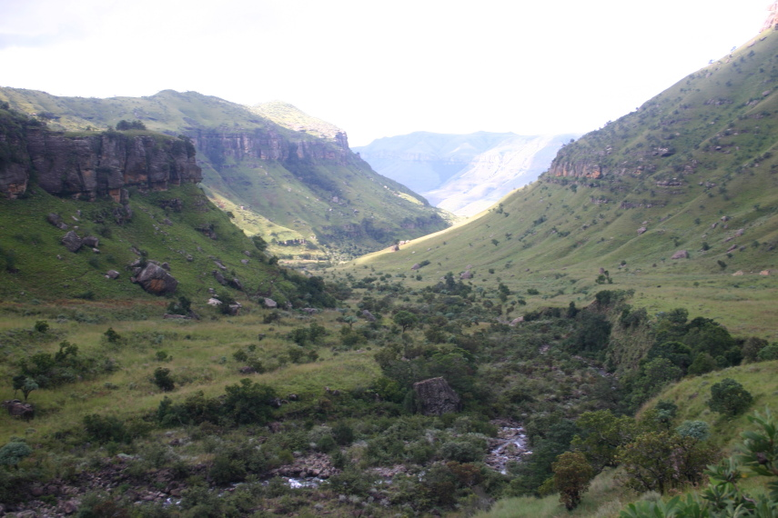 South Africa Drakensberg, North Drakensberg Traverse, Little Berg, Walkopedia