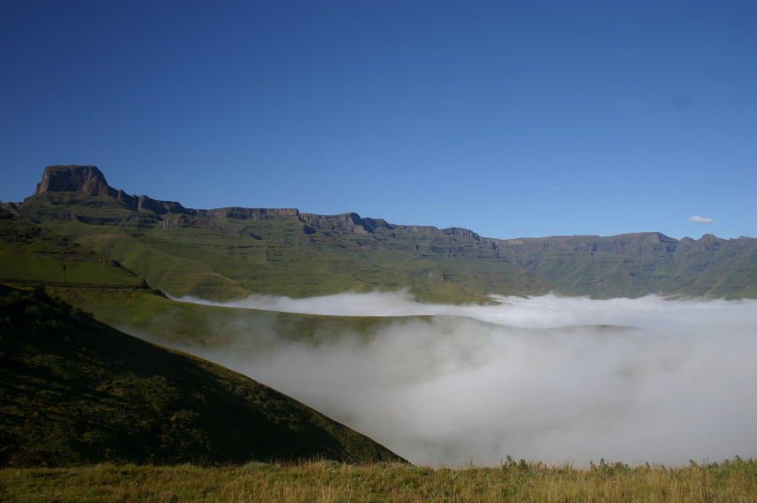 South Africa Drakensberg, North Drakensberg Traverse, Sentinel, Walkopedia