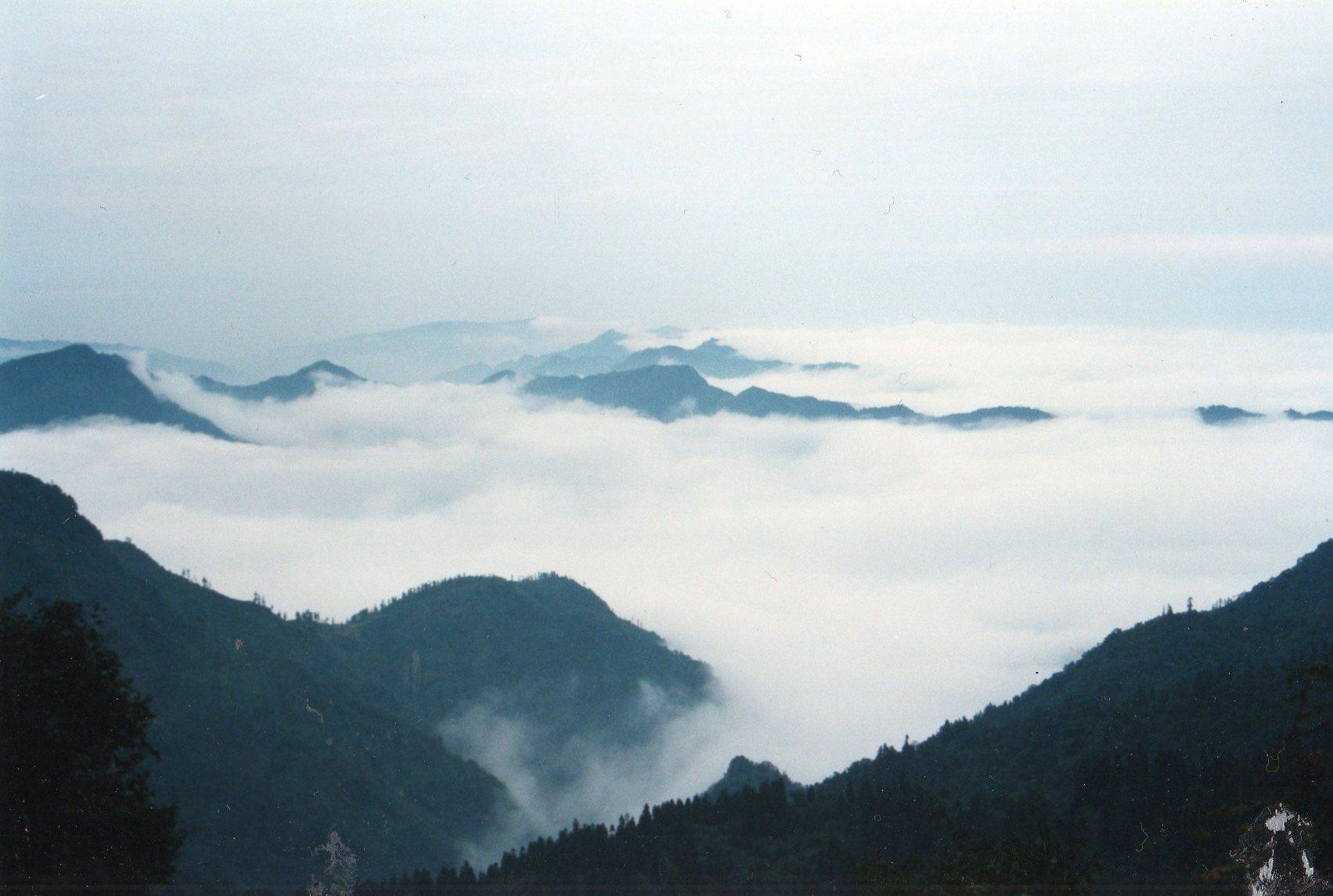 China Sichuan, Emei Shan, Sea of clouds, Walkopedia