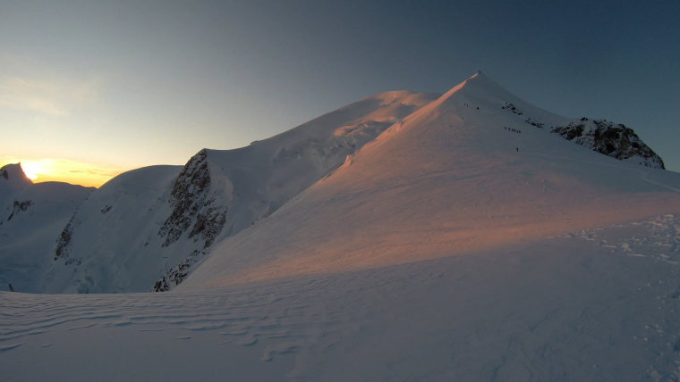 Mont Blanc Sunrise - © Robin Bevan
