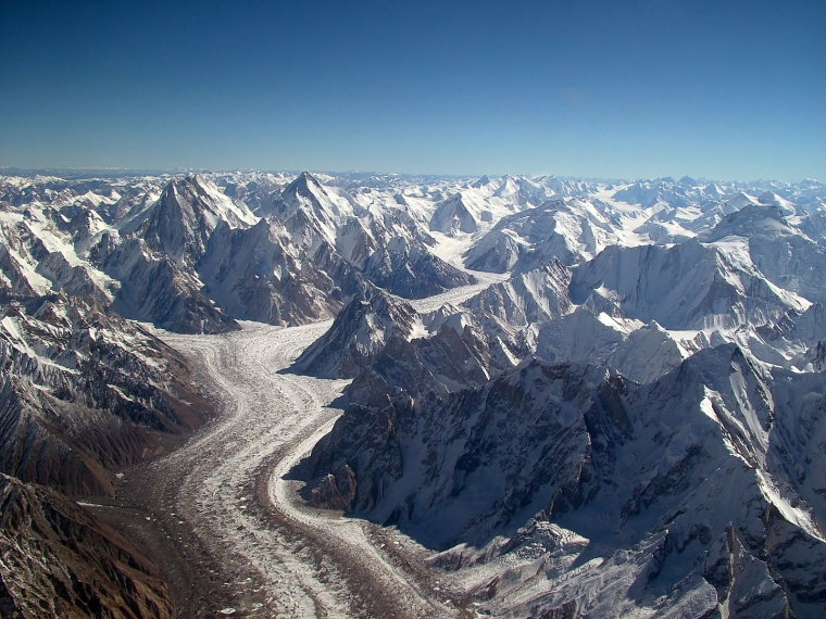 Concordia Trek: Baltoro_glacier_from_air -  - © wikiuser Guilhem Vellut