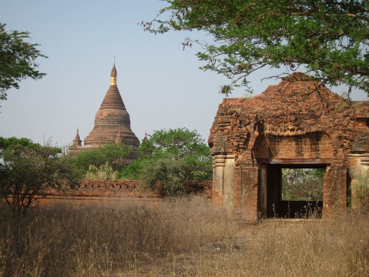 Bagan - © Copyright William Mackesy