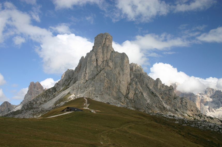 The Dolomites: 150 Ra Gusela - © William Mackesy
