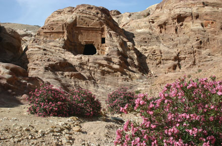 Royal Tombs and Wadi al Mudhlim - © William Mackesy