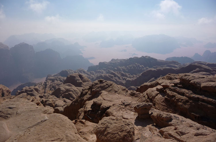 Around Jebel Rum: View West From Jebel Rum Summit - © By Flickr user Elson