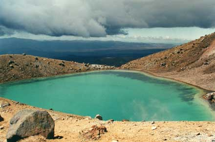 Tongariro Alpine Crossing: © William Mackesy