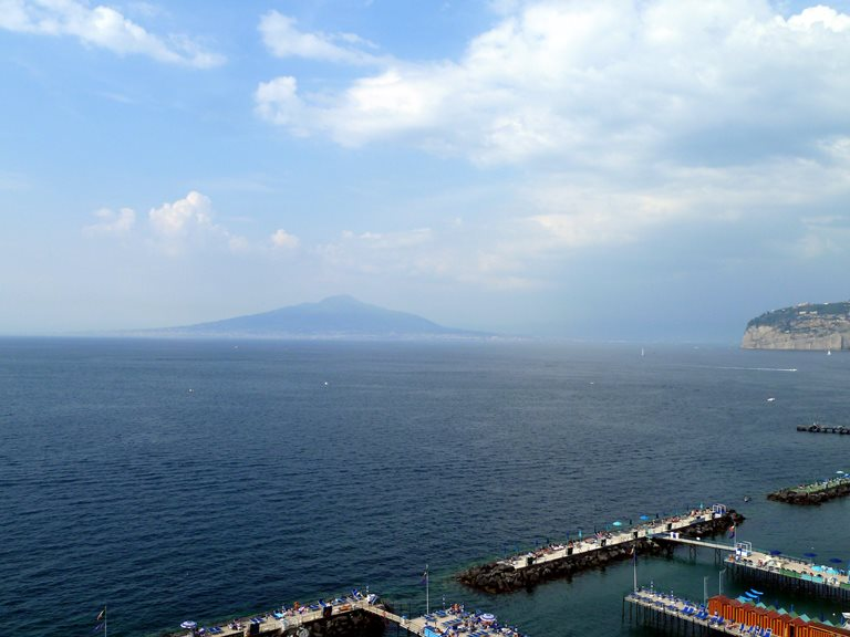 Italy Amalfi Coast, Sorrento Peninsula, Sorrento, Walkopedia