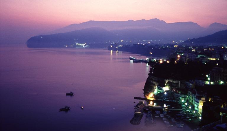 Italy Amalfi Coast, Sorrento Peninsula, Sorrento Dawn, Walkopedia