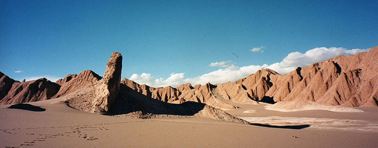 Desierto de Atacama - from Flickr user ClearlyCool