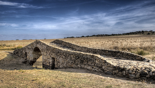 Camino de Santiago: Roman Bridge, Extremadura - © By Flickr user Alepheli