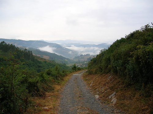 Camino del Norte (Camino de Santiago alternative route): Camino Primitivo - ©By Flickr user JuanJeitor