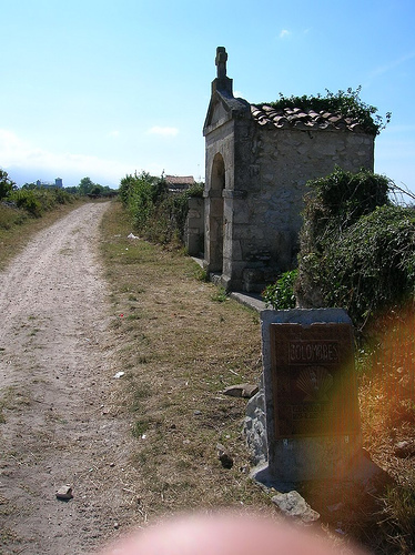 Camino del Norte (Camino de Santiago alternative route): Hermitage, Camino Primitivo - © By Flickr user JuanJeitor