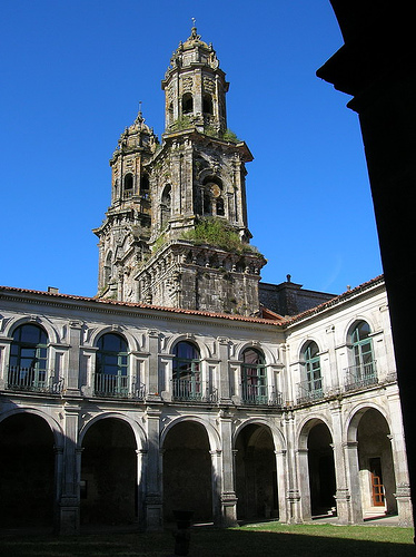 Camino del Norte (Camino de Santiago alternative route): Monastery, Sobrado, Camino del Norte - © By Flickr user JuanJeitor