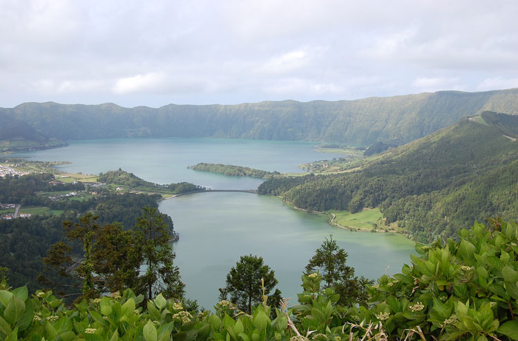 Portugal Azores, Caldeira das Sete Cidades, Sete Cidades, Walkopedia